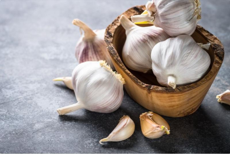 Jaké má česnek účinky na zdraví?