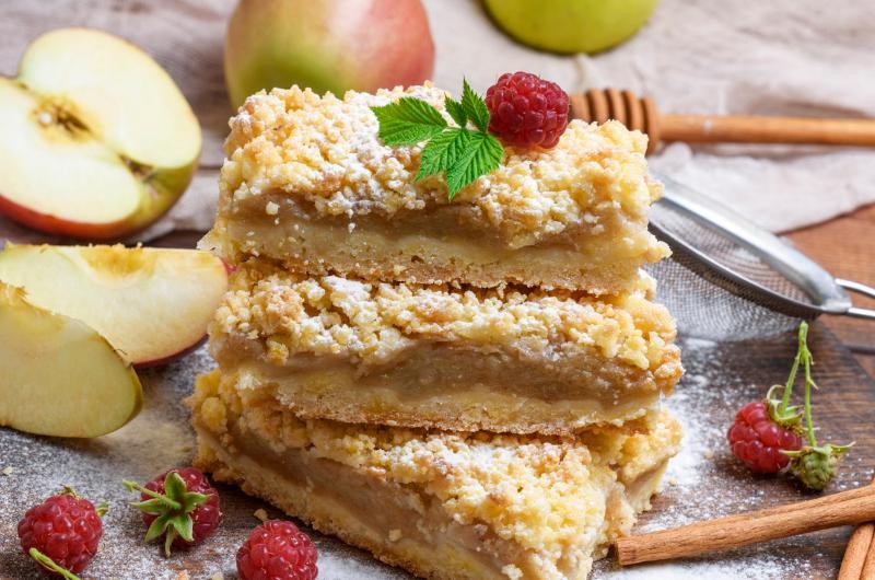 Recept na jednoduché jablečné řezy, které se hodí ke kávě