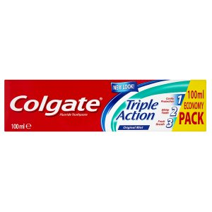 Colgate Triple Action Zubní pasta 100ml Tesco