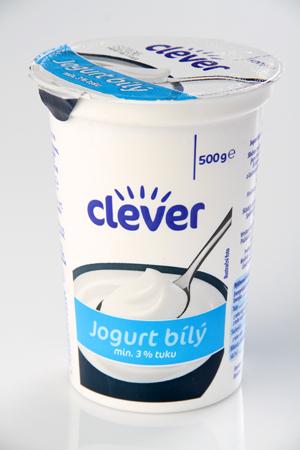 Jogurt bílý Clever (Billa)